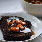 Plumcake al cacao con mele caramellate alla cannella (glutenfree)